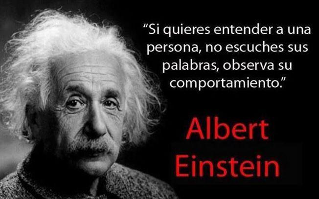 Cita Albert Einstein sobre comportamiento